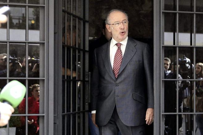 Rodrigo Rato sale de su domicilio tras quedar en libertad por orden...