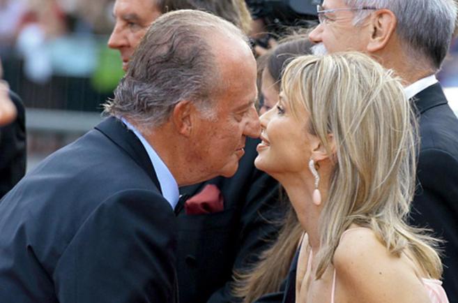 El rey Juan Carlos y Corinna en Barcelona, el 22 de mayo de 2006.