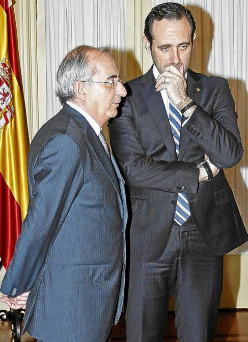 Cristòfol Soler y José Ramón Bauzá, en un acto institucional en...