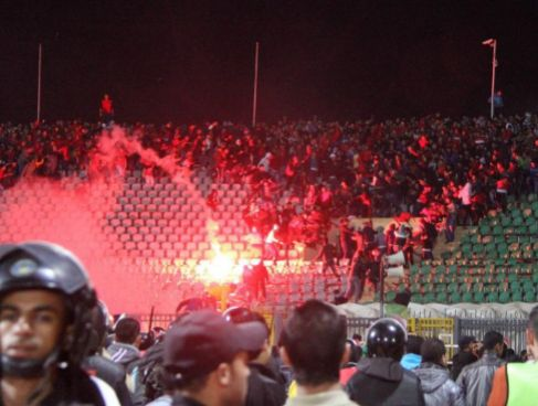 Imagen de los disturbios en el estadio egipcio de Port Said en 2012.