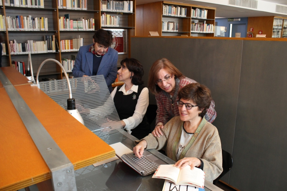 De izq. a dcha, las científicas e investigadoras Pilar López Sancho,...