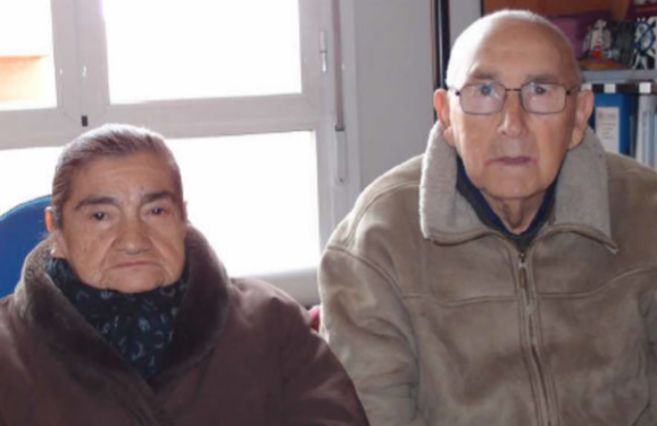 Rosa Azócar e Ismael Cancino, chilenos octogenarios a los que se...