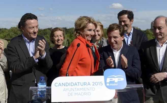 Esperanza Aguirre, candidata del PP a la Alcaldía de Madrid, en la...