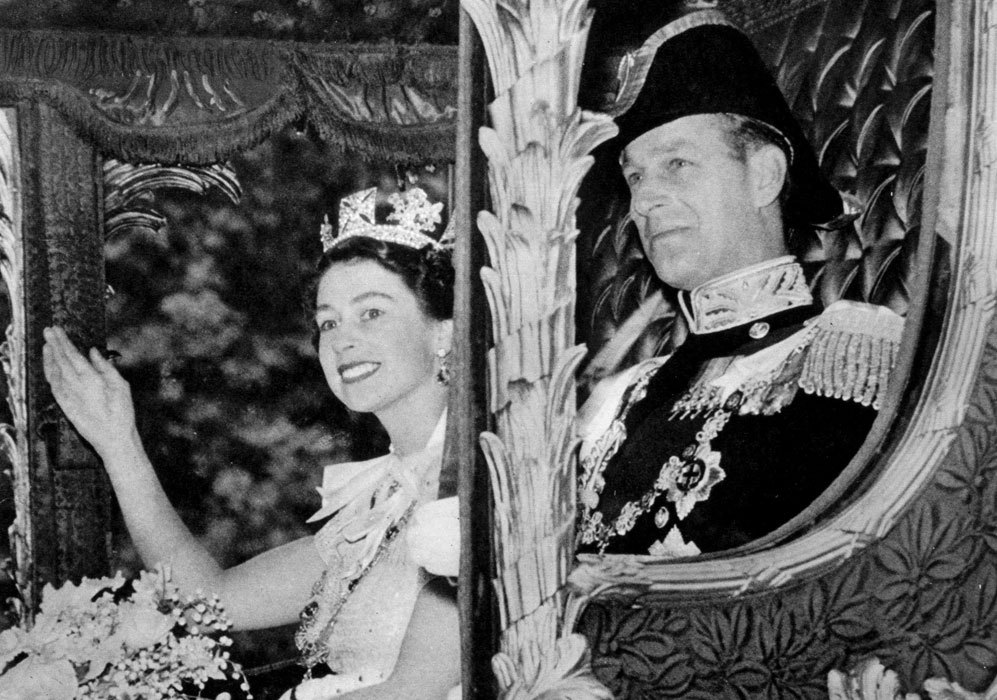 Imagen de la reina Isabel II y su marido, el príncipe Felipe, duque...