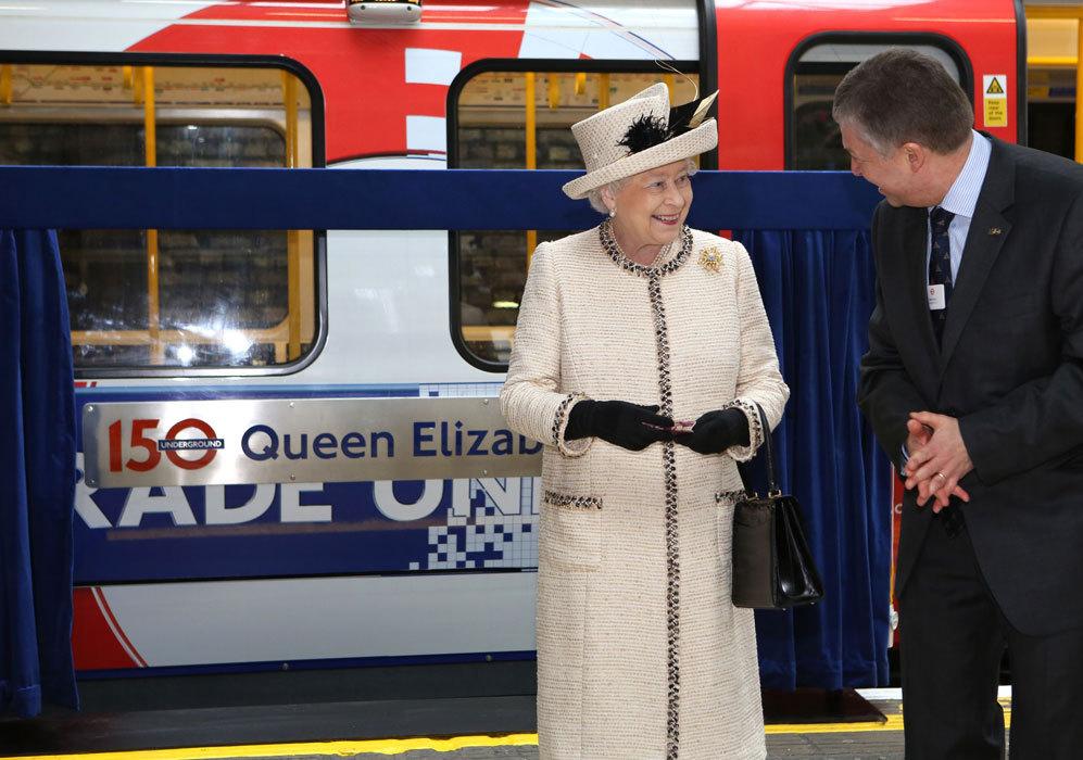 En 2013, conmemoró el 150º aniversario del metro de Londres con una...