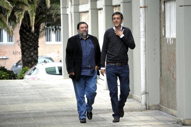 El ex ministro, en 2014 con Eduardo Madina.