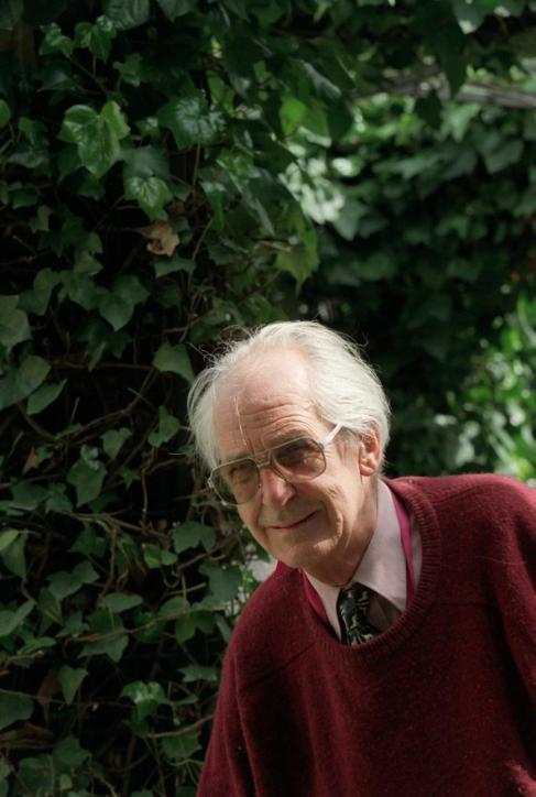 El historiador Raymond Carr el pasado 2001