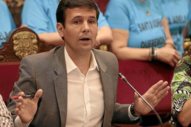 El candidato del PSOE a la Alcaldía de Granada, Francisco Cuenca.