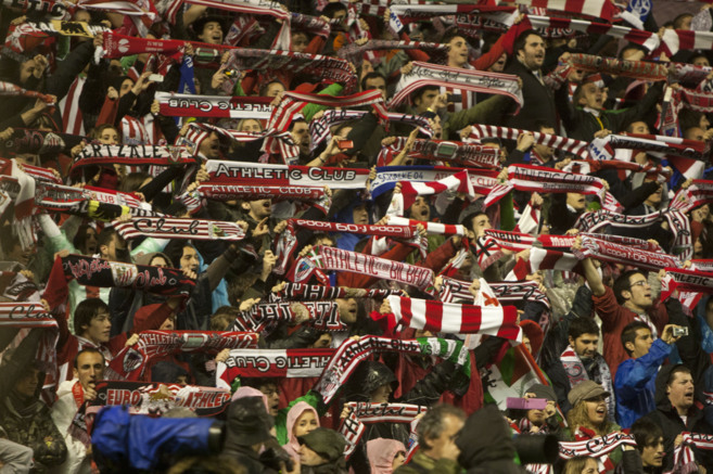 La afición del Athletic en San Mamés.