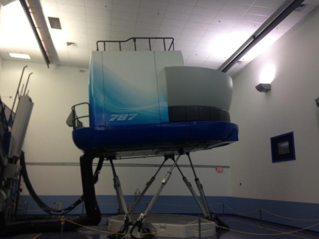 Simulador del 787 Dreamliner en el campus de formación de Boeing en...