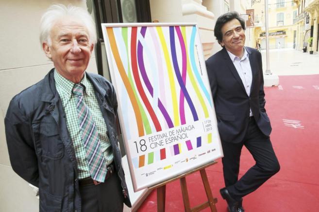 Arcadi Espada, a la derecha, presenta el documental 'Gente que...