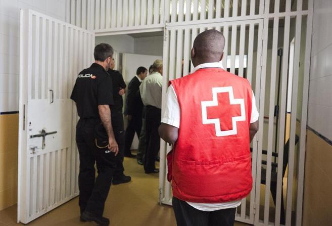 Interior del centro de internamiento de extranjeros de Aluche...