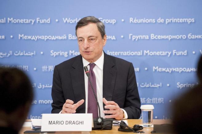 El presidente del BCE, Mario Draghi, en una intervención en la sede...