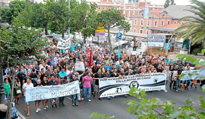 Parados del metal, durante una protesta para exigir trabajo en la...