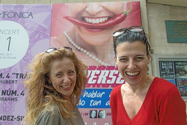 Las actrices Alicia González Laá y Gretel Stuyck, ayer, en Palma.