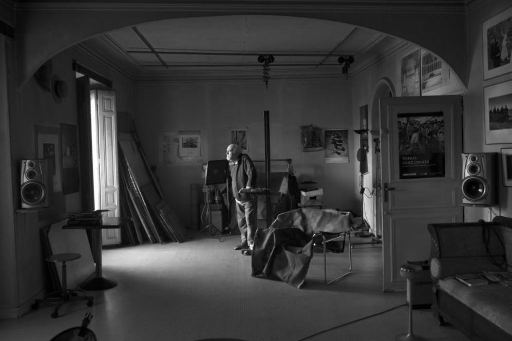 Rafael Sanz Lobato, en su estudio.