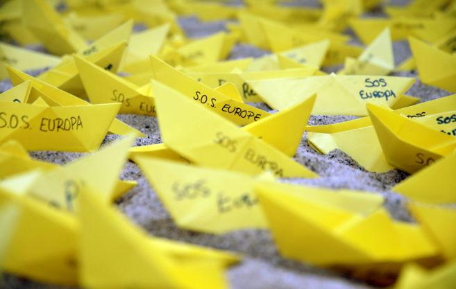 Acción simbólica llevada a cabo por Amnistía Internacional el 22 de...