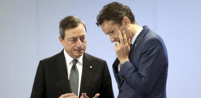 El presidente del Eurogrupo, Jeroen Dijsselbloem, y el líder del...