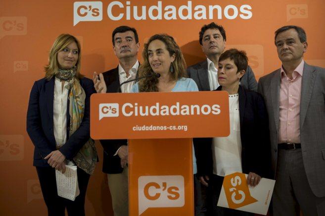 Los principales candidatos de Ciudadanos en una rueda de prensa del...