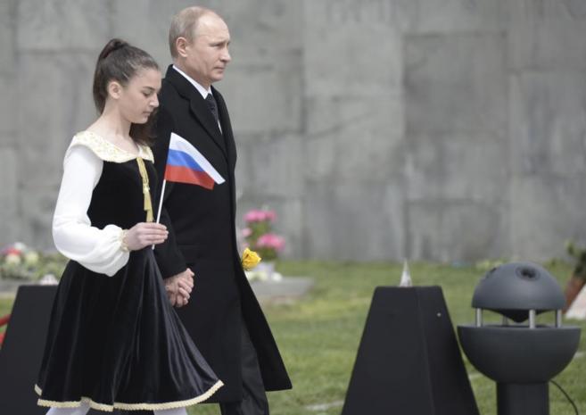 El presidente ruso, Vladimir Putin, durante la ceremonia en Ereván.