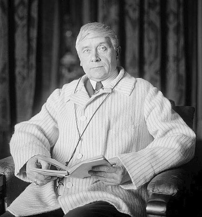 El dramaturgo Maurice Maeterlinck (1862-1949), exponente del teatro...