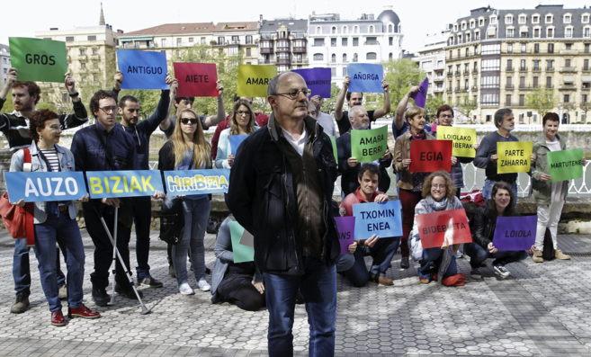 El alcalde de San Sebastián y candidato a la reelección por EH...