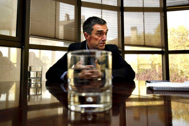 El secretario de Paz y Convivencia, en una sala de la Lehendakaritza.
