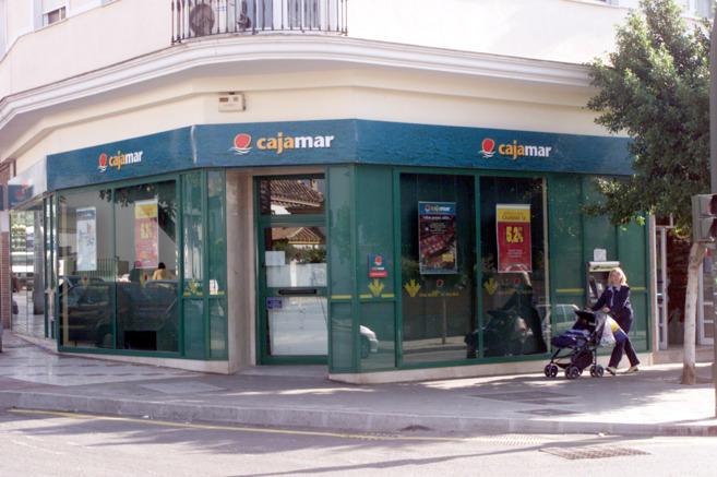 Facua denuncia a cajamar por pedir a sus clientes que for Cajamar valencia oficinas