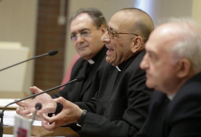 El presidente de la Comisión Episcopal de Pastoral Social, Juan José...