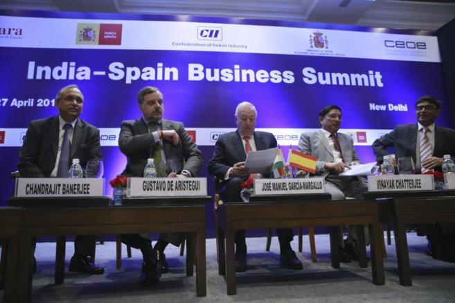 El ministro de Asuntos Exteriores, José Manuel García Margallo, en...