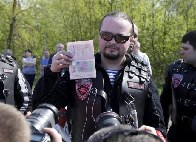 El motorista ruso Andrei Bobrovskiy, de 'Lobos de la noche',...
