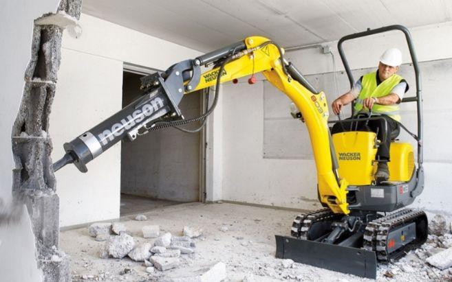 La miniexcavadora de la alemana Wacker Neuson que puede trabajar en...