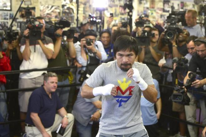 Pacquiao, en el Wild Card Boxing Club de Hollywood, durante un...