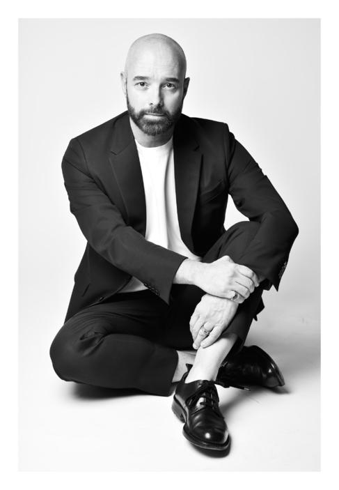 El nuevo director creativo de Schiaparelli, Bertrand Guyon.