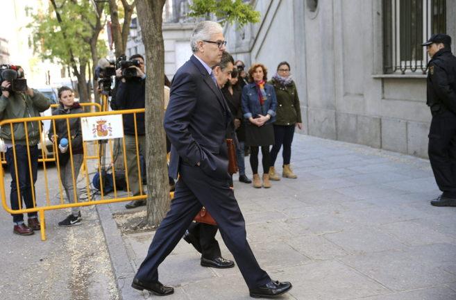 El ex interventor de la Junta Manuel Gómez Martínez, a su llegada al...