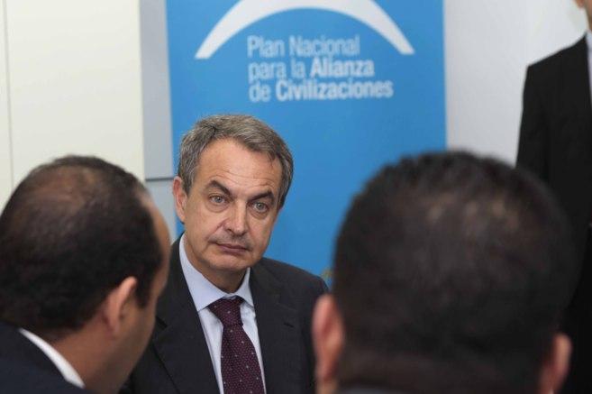 El ex presidente del Gobierno José Luis Rodríguez Zapatero, durante...