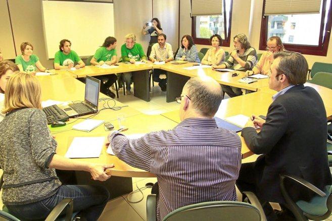Sin avances en la reunión de ayer entre Educación y el comité de...