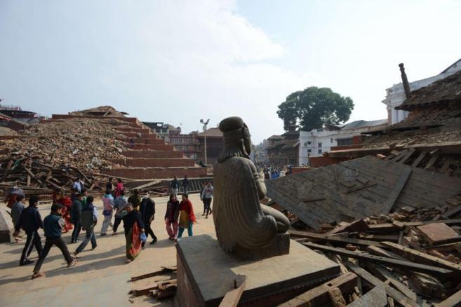 La plaza Durbar de Katmandú, tras el devastador efecto del seísmo en...