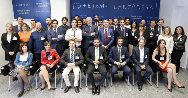 Foto de grupo de la clausura de la segunda jornada de Lanzadera