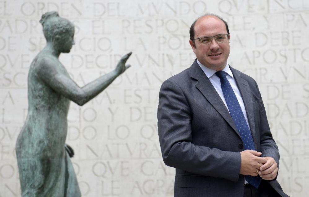 El candidato del Partido Popular a la Región de Murcia, Pedro Antonio...