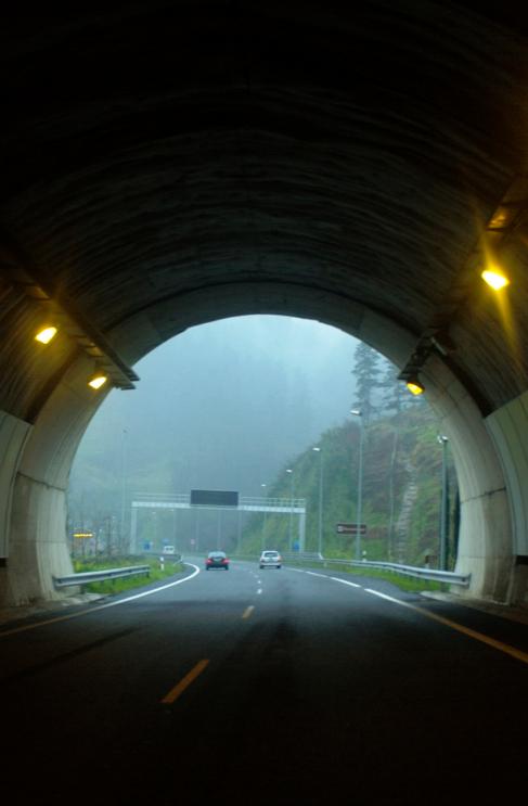 Túnel de la autopista AP-1, que une Vitoria con Eibar.