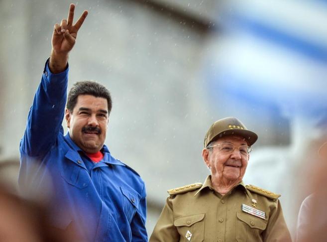 Maduro y Castro, durante el Primero de Mayo.