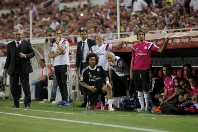 Ancelotti, durante el encuentro ante el Sevilla.