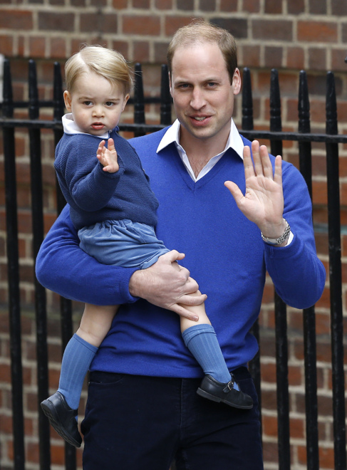 7cdf9dfd2 El príncipe George y su hermana