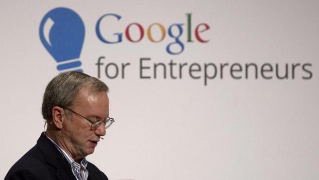 El presidente ejecutivo de Google, Eric Schmidt, durante una...