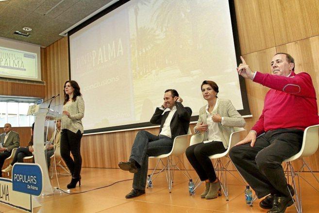 José Ramón Bauzá, Marga Durán y José María Rodríguez, en un...