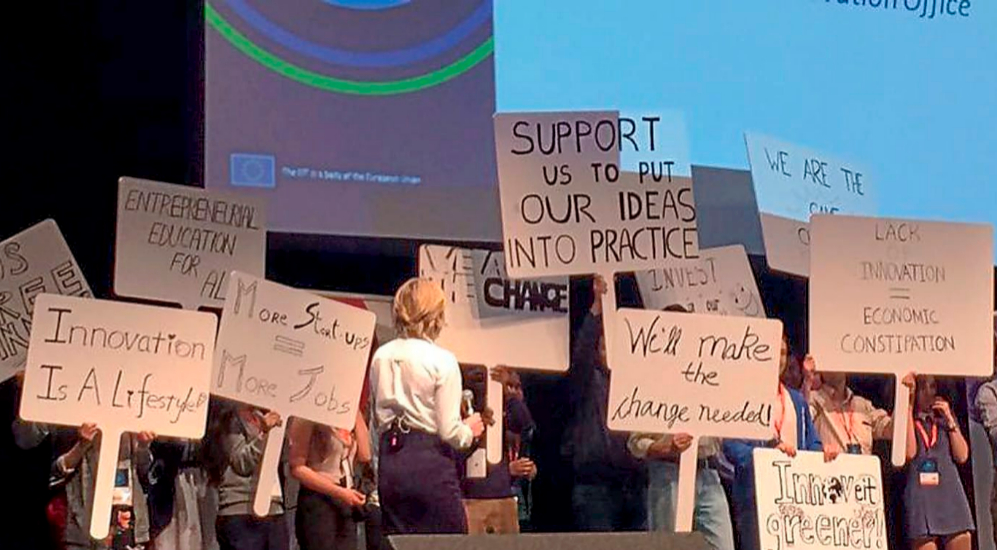 Jóvenes toman el escenario para reclamar mejores políticas en...