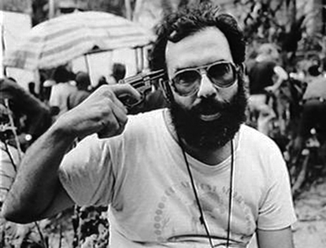 Francis Ford Coppola durante el rodaje de 'Apocalypse now'.