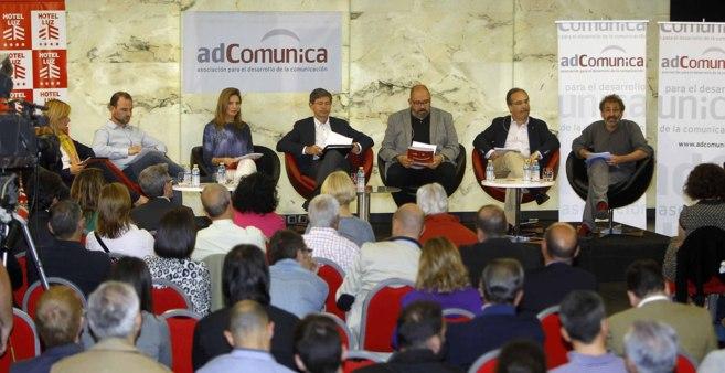 El debate estuvo organizado por adComunica.