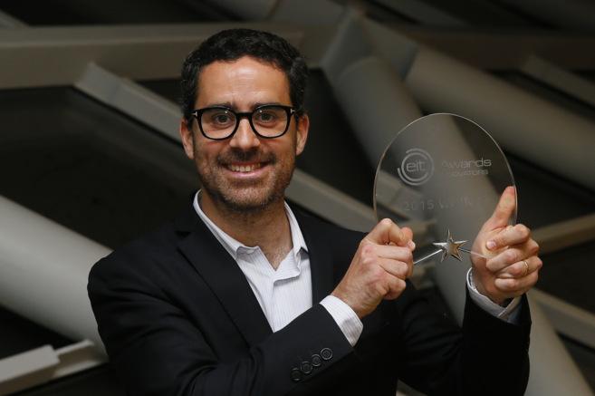 El ganador del premio a la innovación, español Rajai Aghabi.